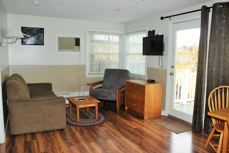 Yacht Club guest unit - living room.